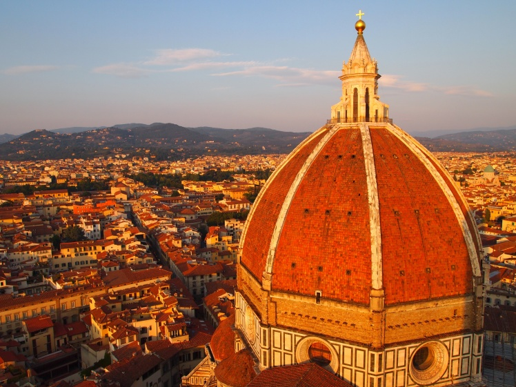 Il Duomo di Firenze. Fun Fact: that little golden ball at the top can comfortable fit four people.
