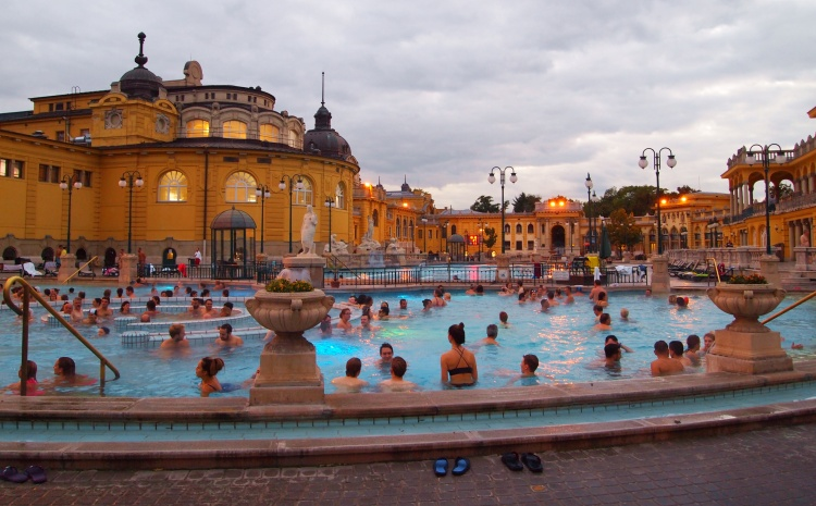 The Széchenyi Fürdő - Széchenyi Bath. It's pools are filled with natural thermal water, thought to have certain medicinal properties.