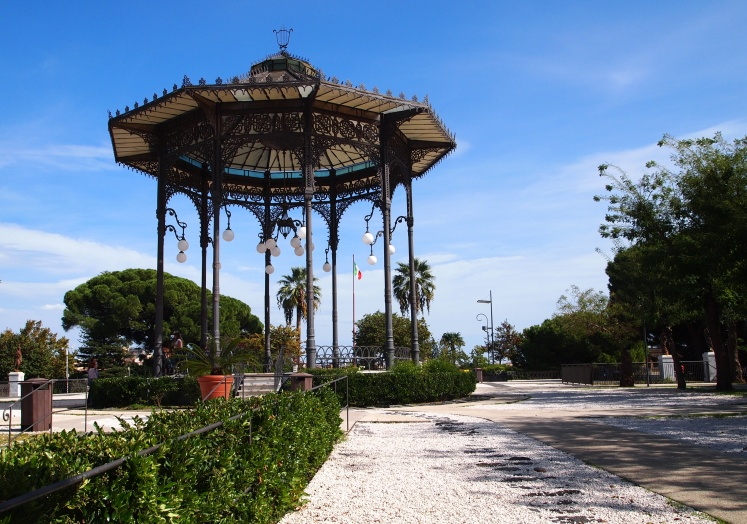 The main gazebo in Parco Maestranze, the upper level of the Bellini Garden.
